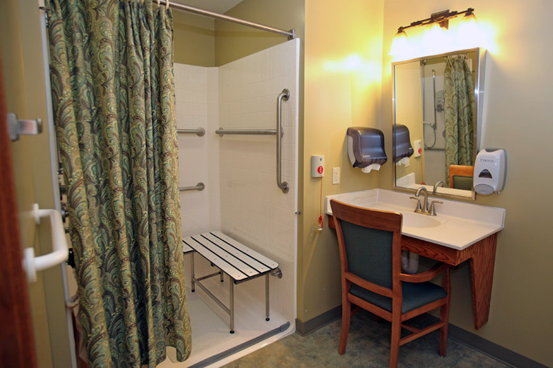 Auburn Home in Waconia skilled nursing care - bathroom