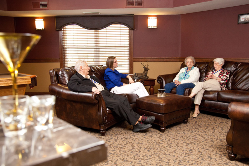 Auburn Meadows assisted living game room